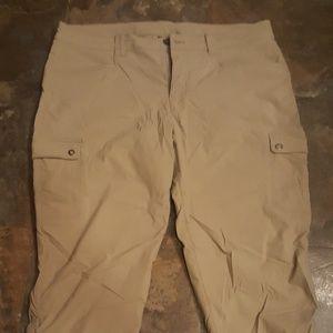 Eddie bauer Horizon Khaki Capri Crop Pants